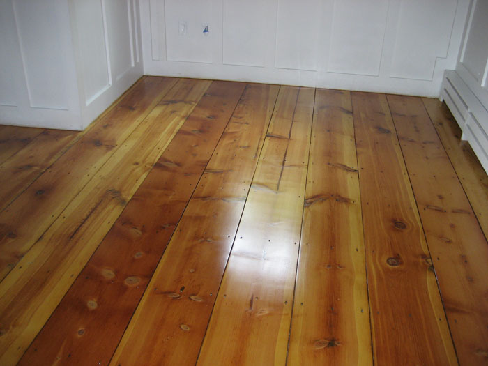 Pine flooring pictures old pine flooring for Pine wood flooring